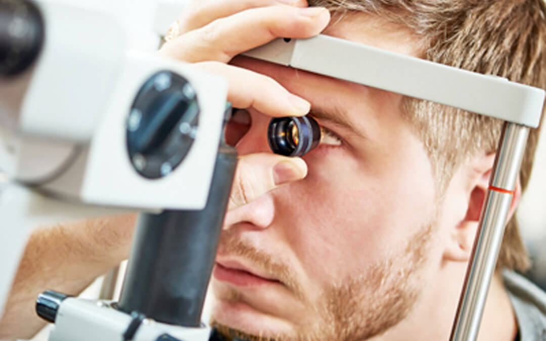 TOP TIPS FOR HEALTHY EYES